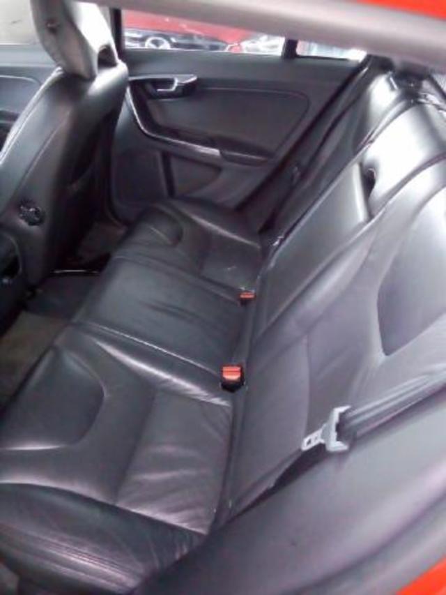 Exterior V60  ROJO