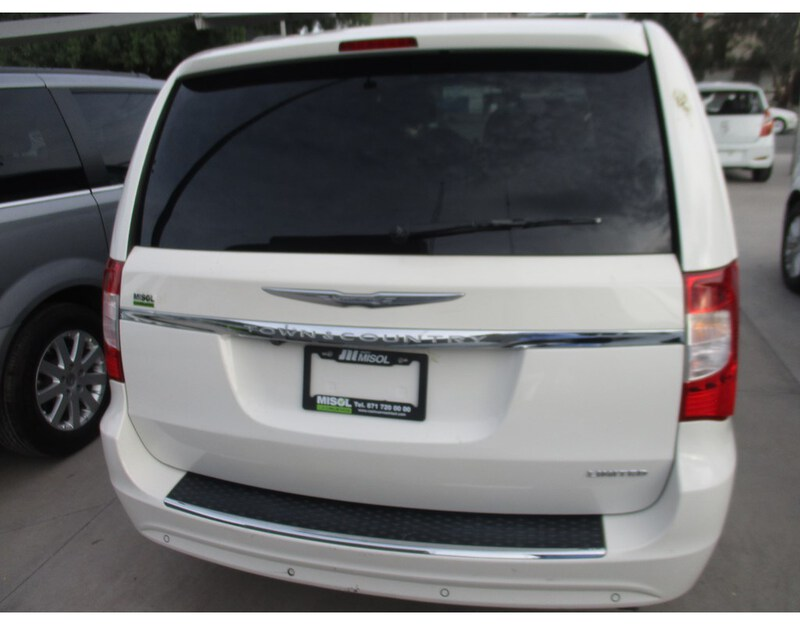 Exterior TOWN & COUNTRY  BLANCO